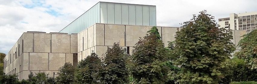 Barnes Foundation from a distance